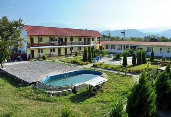 Абхазский дворик