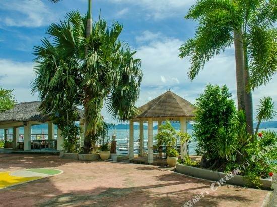 Borawan Island Resort by Cocotel