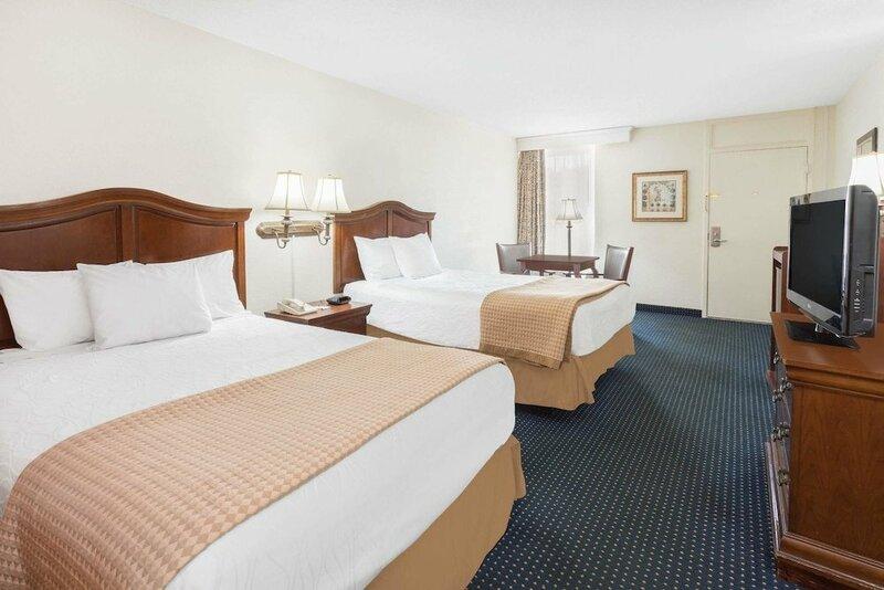 Baymont Inn & Suites Rocky Mount North Battleboro