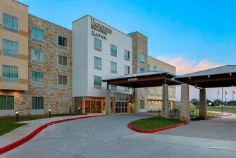 Fairfield Inn & Suites by Marriott Decatur at Decatur Conference Center