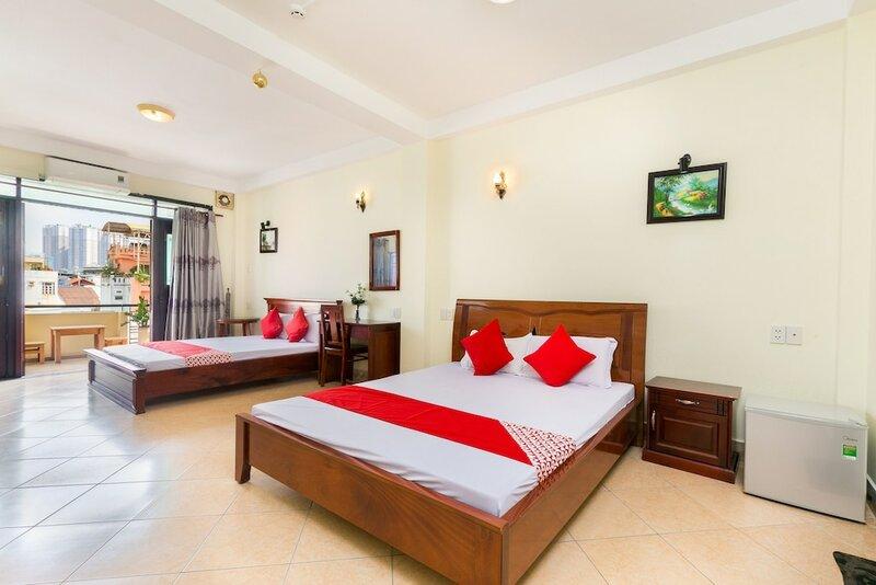 Oyo 696 Cam Ranh Hotel 1
