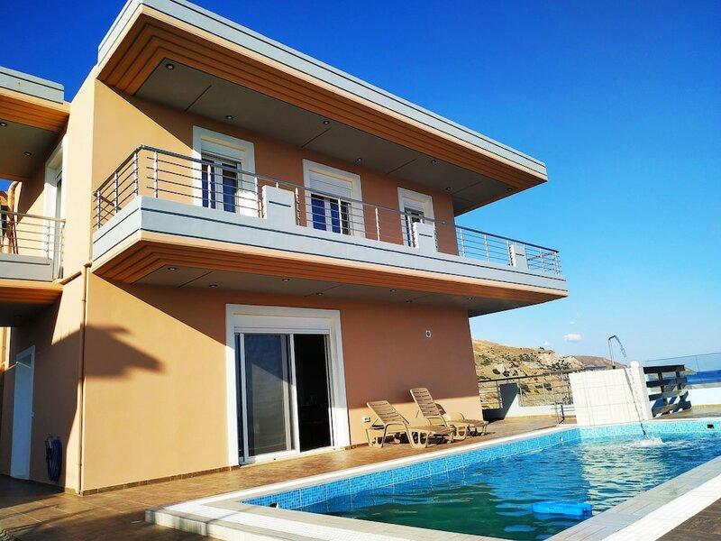 Luxurious Villa Paradise Private Beach