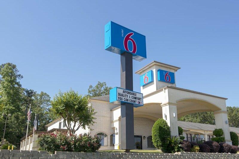 Motel 6 Tyler Tyler