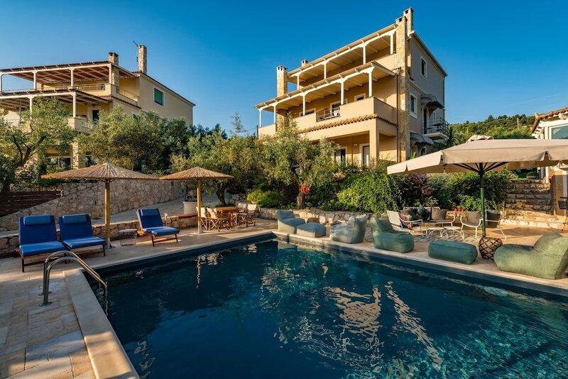 Anthemion Suites & Villas