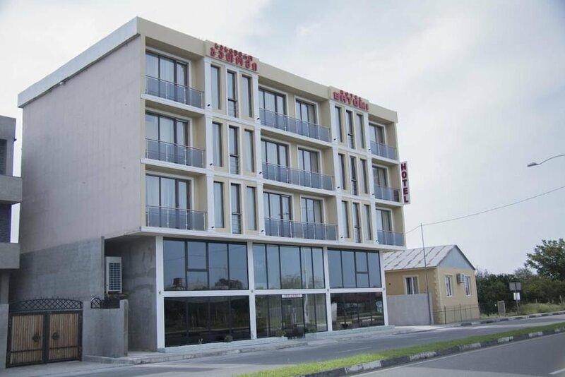 Hotel Batomi
