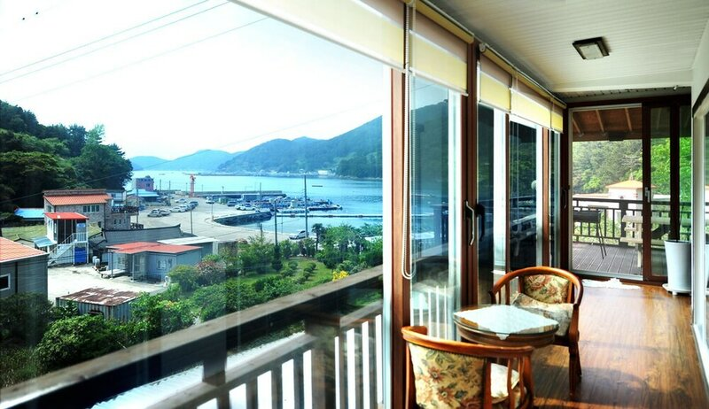 Tongyeong The Sea and The Poet Pension