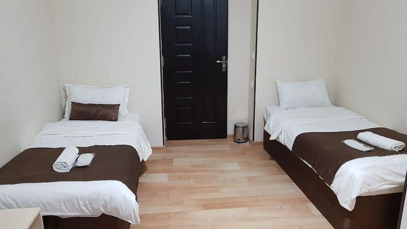 Aria Green Hotel