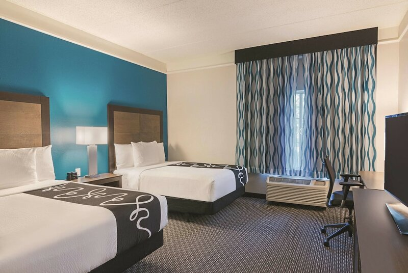 La Quinta Inn & Suites by Wyndham Orlando Ucf