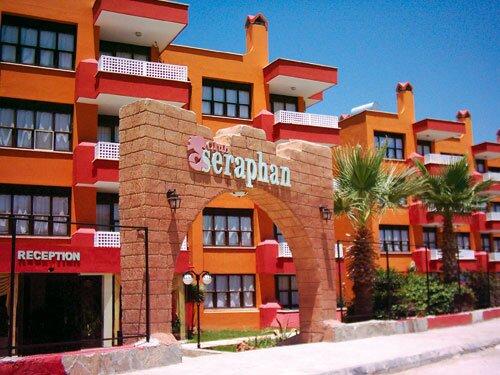 Seraphan Apart Hotel