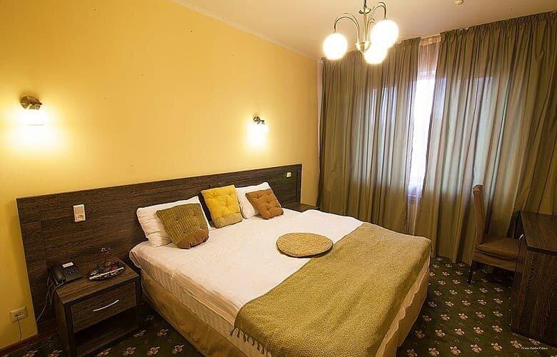 Отель Golden Palace