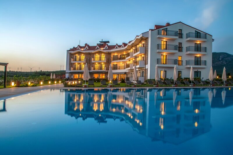 Acroter Hotel & SPA