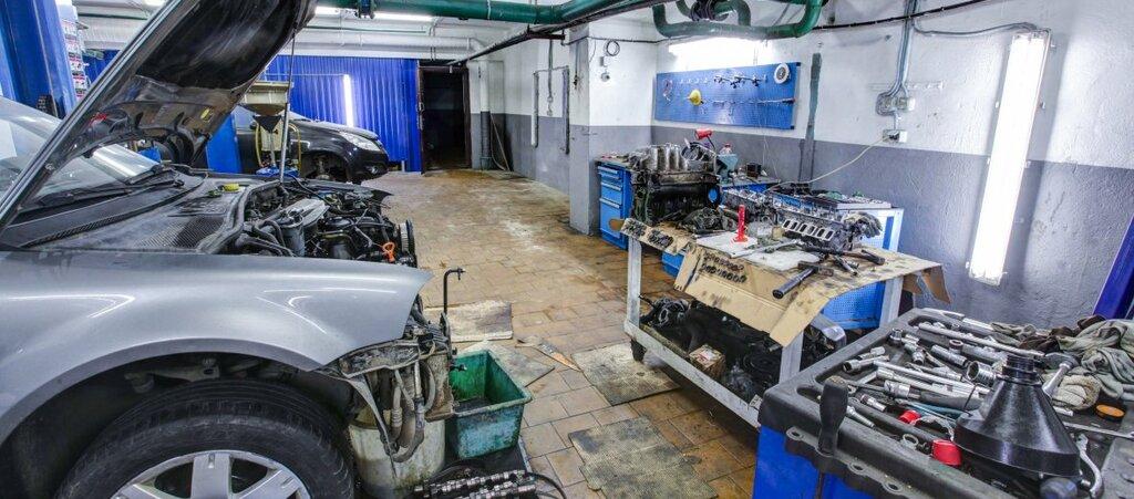 фотографии ремонтных мастерских автомобилей массажистка делает массаж