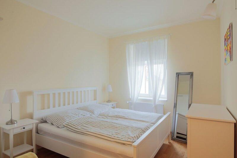One-bedroom apartment near i P Pavlova