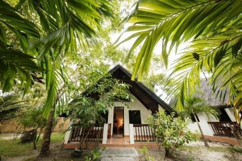 Cabilao Sanctuary Beach And Dive Resort