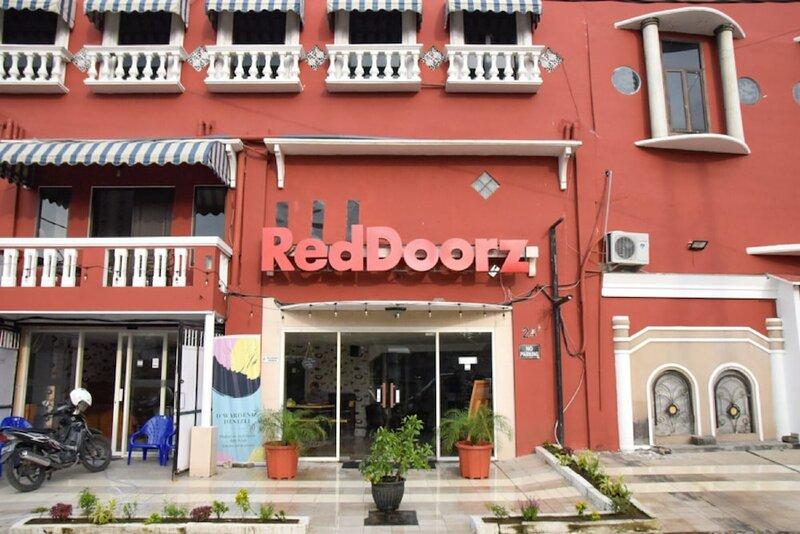 RedDoorz near Pelabuhan Tanjung Perak 2 Surabaya