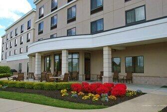 Courtyard by Marriott Republic Aprt Long Island/Farmingdale