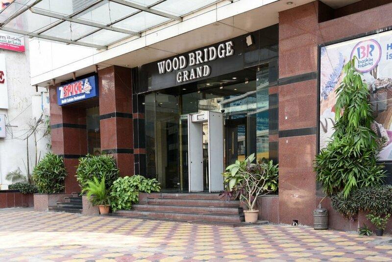 Treebo Trend Wood Bridge