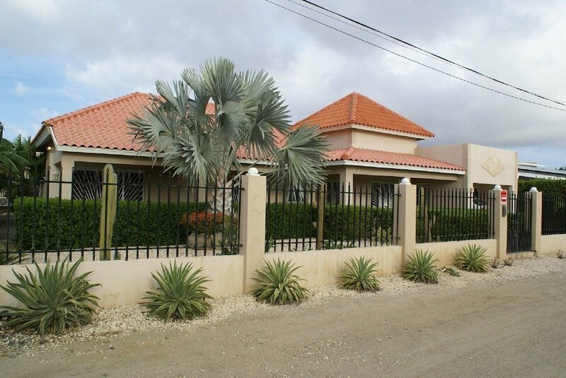 Aruba Palm Beach Villa