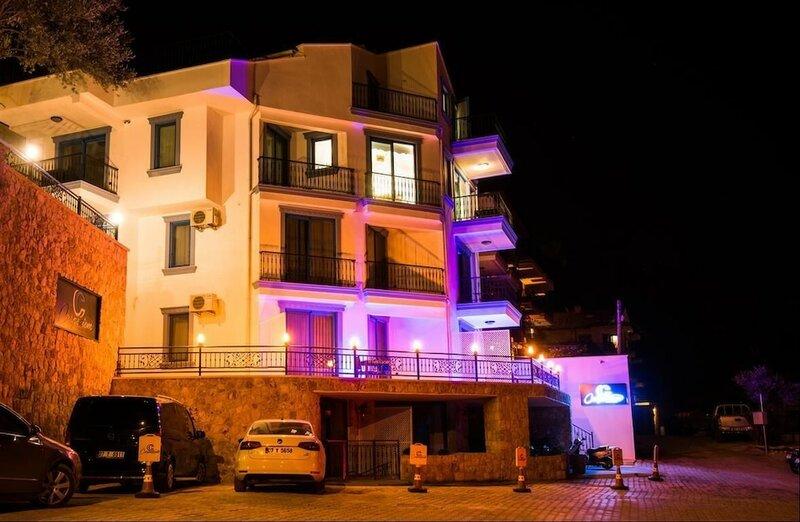 Carpediem Suite Hotel