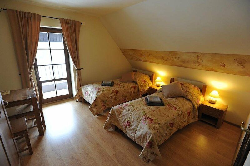 Quo Vadis Lounge Bed & Breakfast