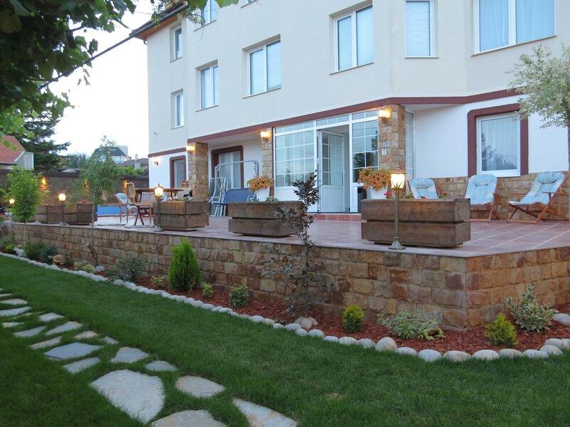 Aurora Guest House Golden Sands
