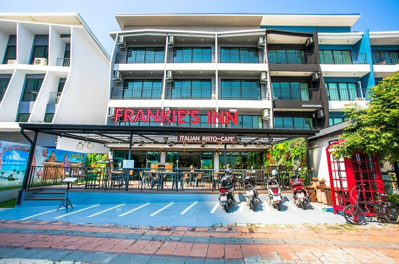 Frankie's Inn
