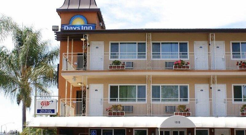 Days Inn San Diego Airport Convention Center/Harbo