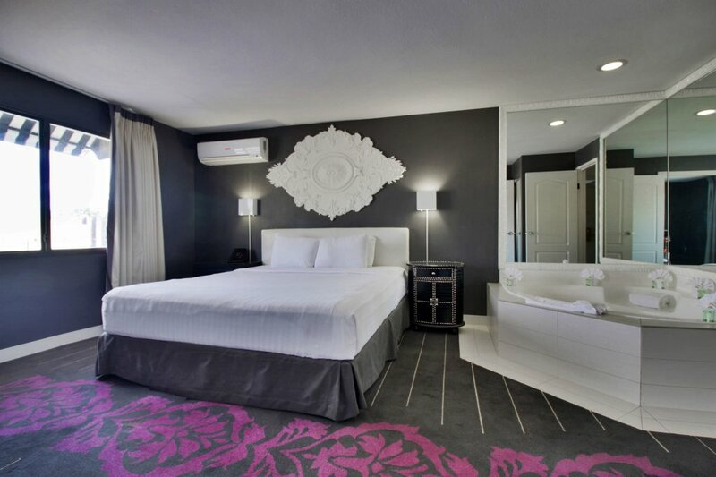 Serene, a Vegas Resort