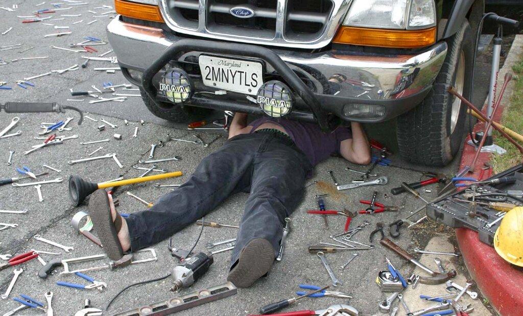 Смешные картинки про автослесарей