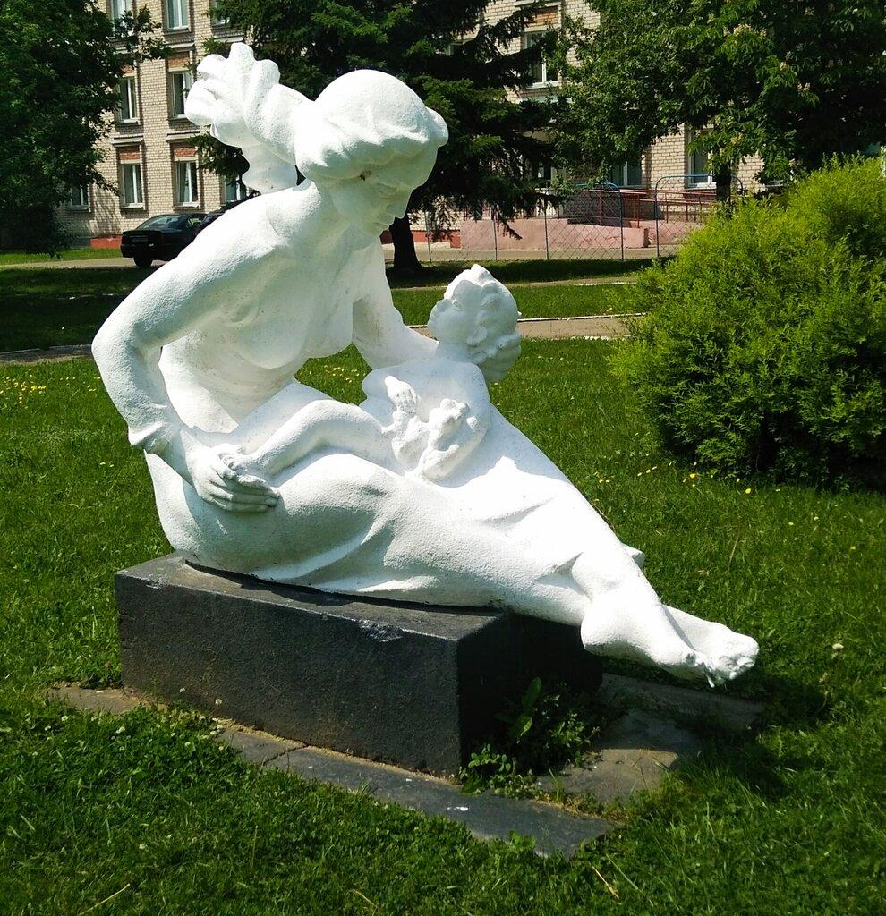 современные скульптуры беларуси с фото напротив