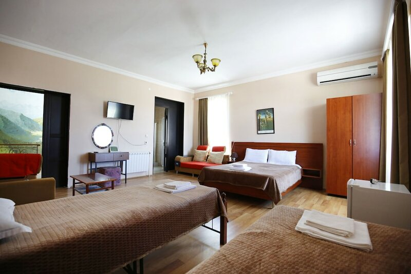 Green flower hotel