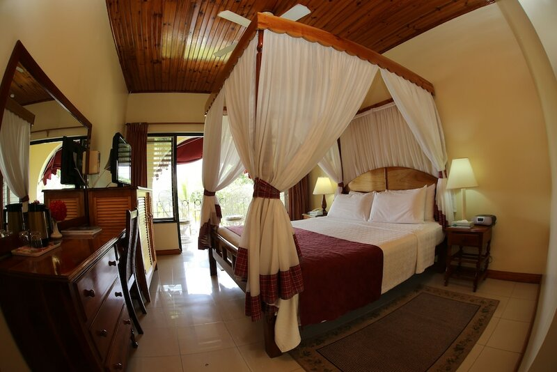 Charela Inn Hotel
