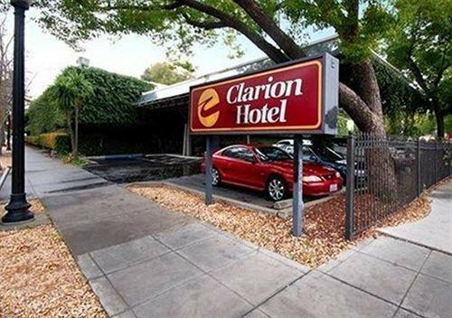Clarion Mansion Inn