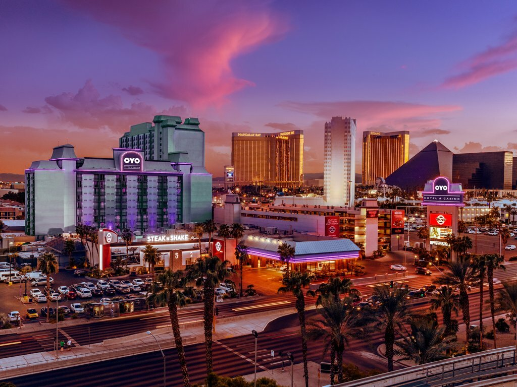 Top vegas hotels on the strip