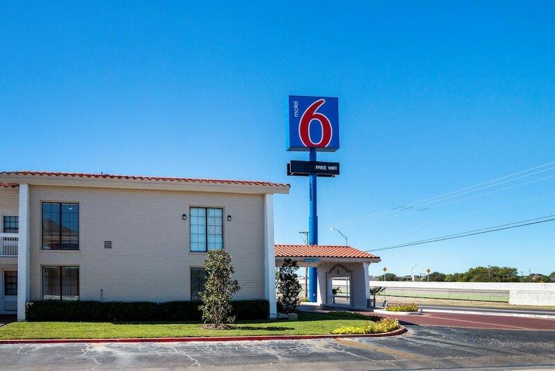 Motel 6 Euless, Tx - Dfw West