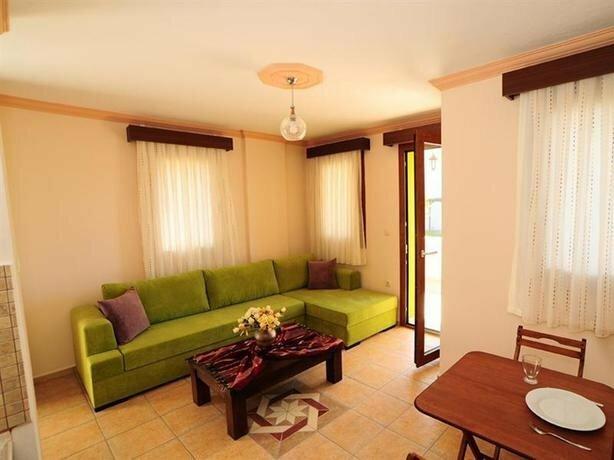 Lemon Tree Apart Hotel