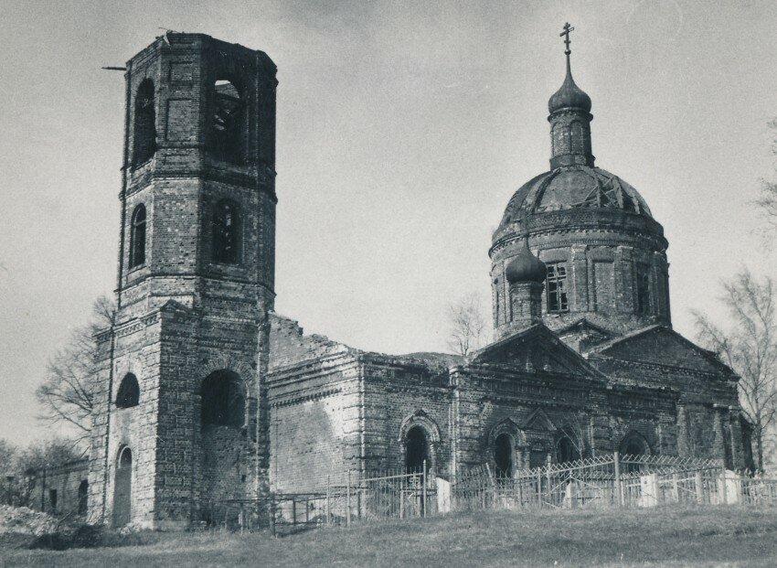 фото старой церкви в мурмино