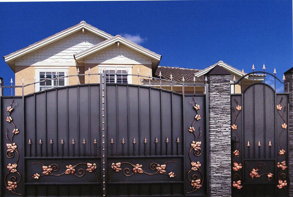 Красивые ворота для частного дома фото