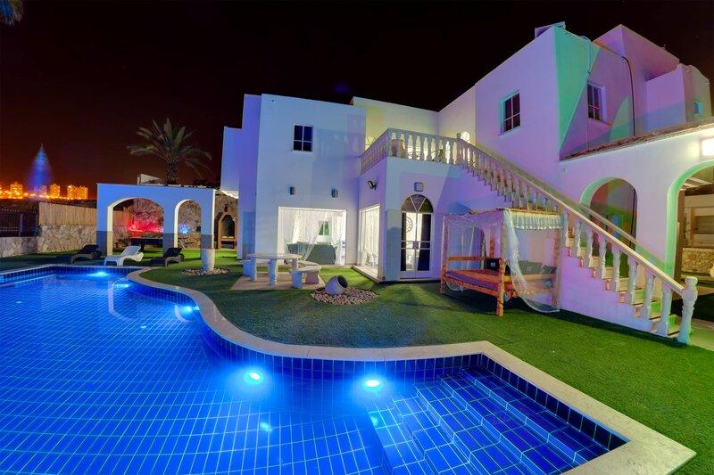 Вилла Dive Resort Custo
