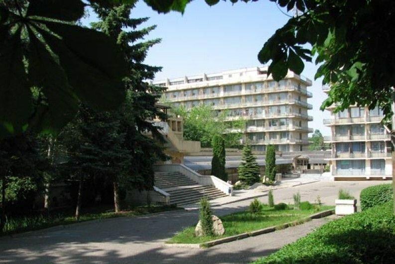 Лечебно-профилактическое учреждение профсоюзов центр восстановительной медицины-Санаторий Лесная поляна