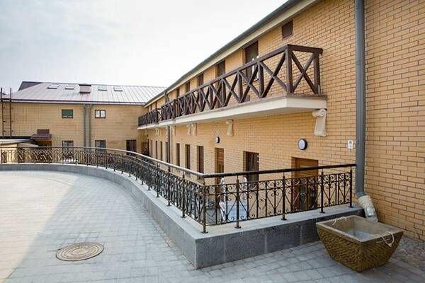 Отель Монастырский