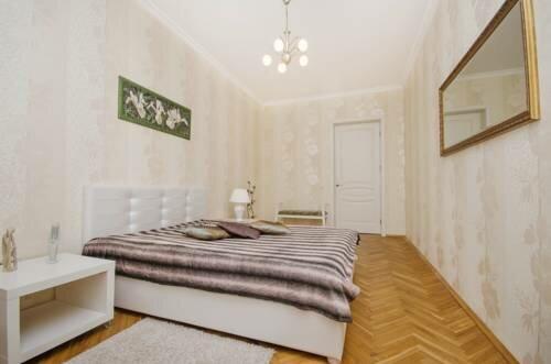 жильё посуточно — Molnar Apartments Kupaly 11 — Минск, фото №2