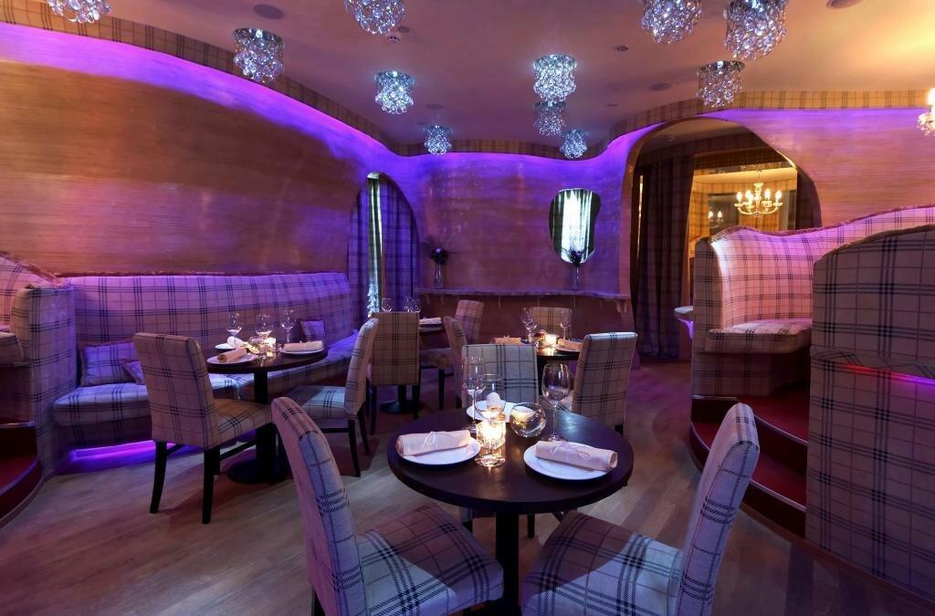 фото красивый ресторан внутри зверь панда чем