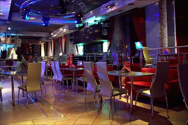 Телефон ночного клуба базар томск стриптиз с шестом в стрип клубе