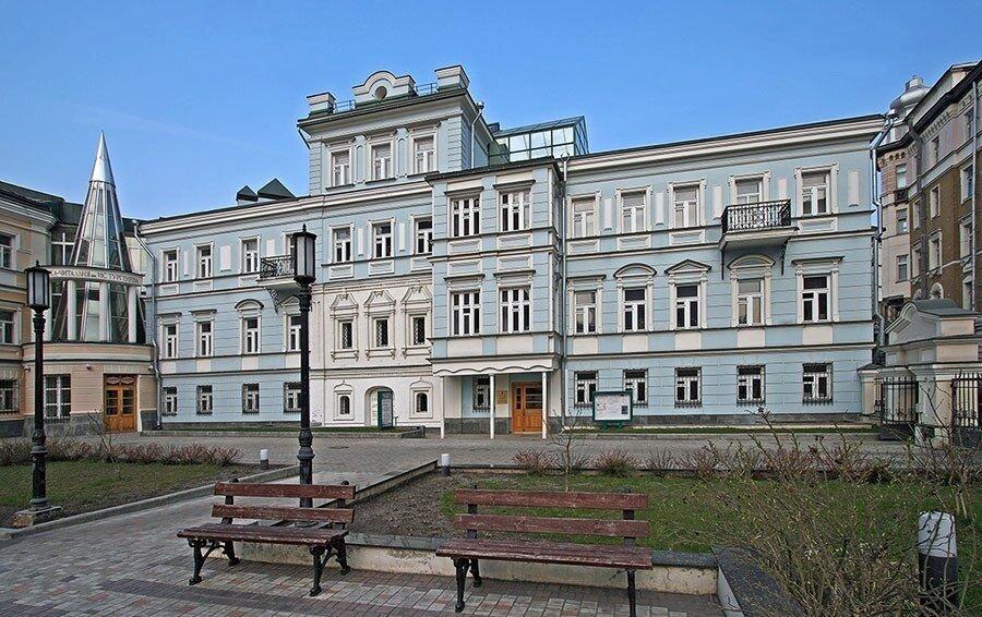 библиотека — Библиотека-читальня им. И. С. Тургенева — Москва, фото №3