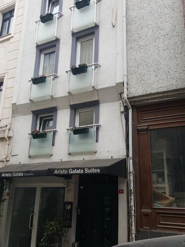 Chef apartments 2 oteller hac mimi mah l leci hendek for Galata 1875 suites