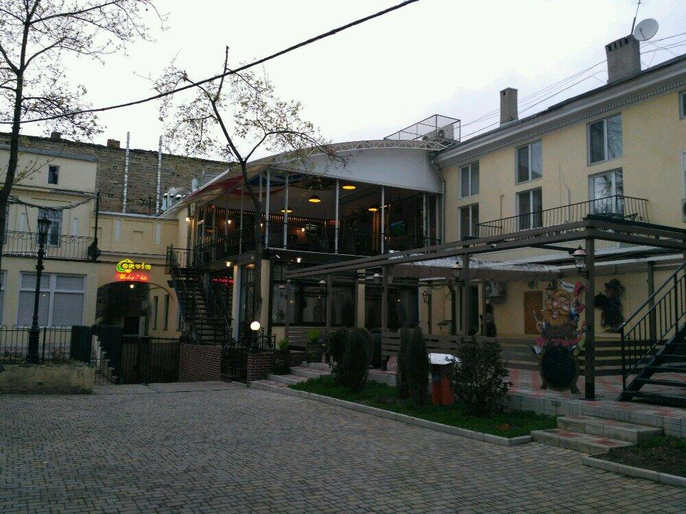 бар, паб — Паб Corvin — Одесса, фото №8