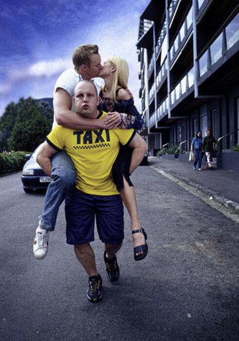 найдете фото прикол про такси лишь целованиями