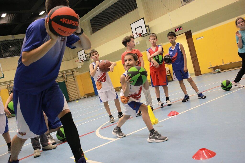 баскетбольный клуб для подростков москва