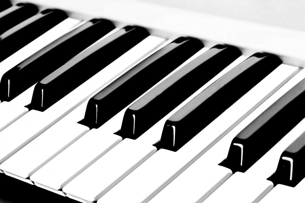 Анимашками, картинки фортепиано клавиши